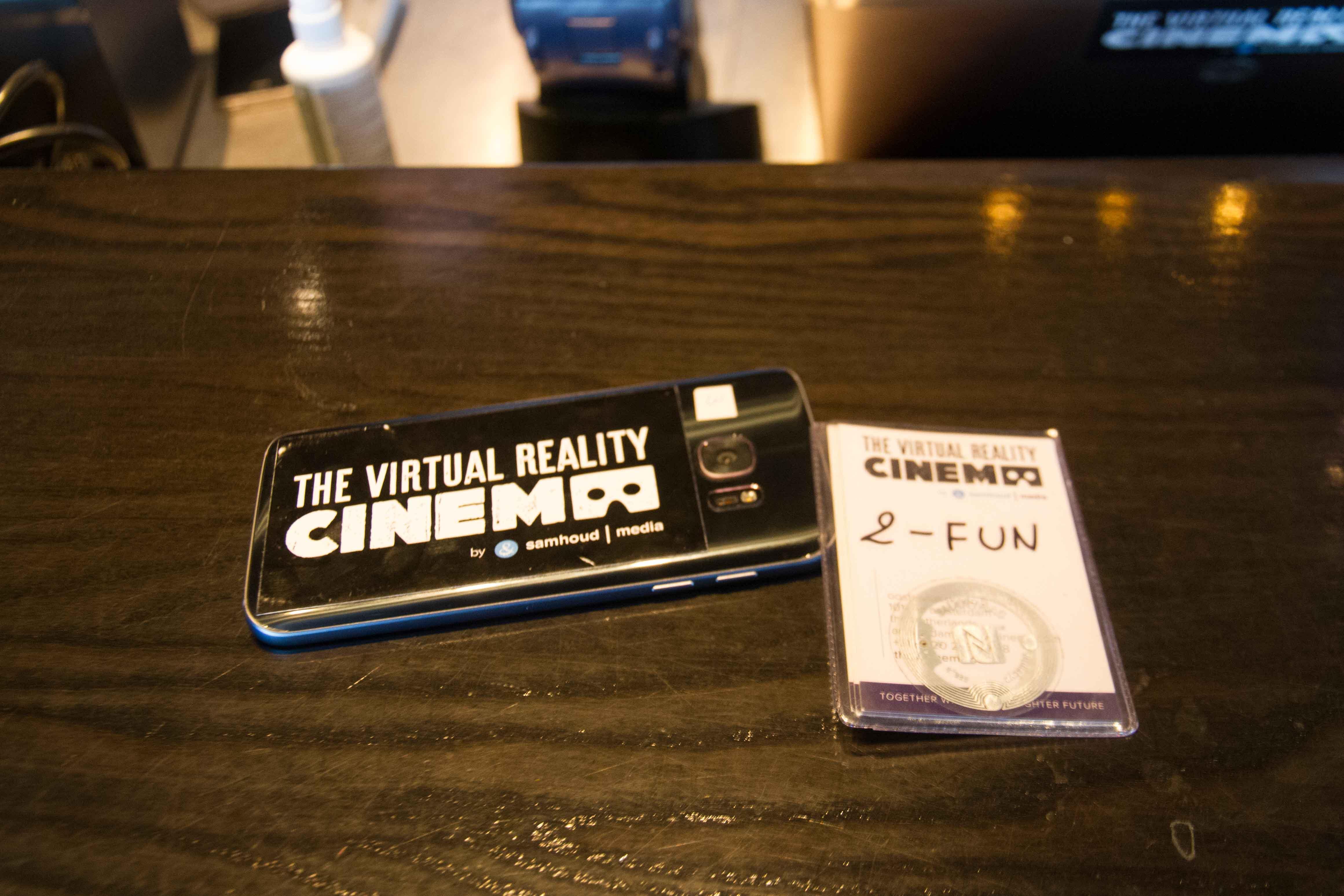 RFIDカードで動画を起動する仕組みです。